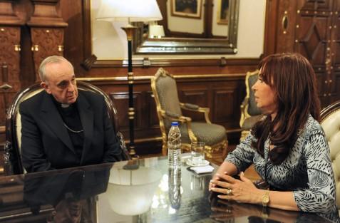 Bergoglio_Kirchner_2