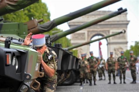 bastille-day-tank