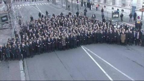 """i """"leader del mondo"""" non si sentono troppo tranquilli assieme alla folla"""