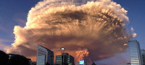 beautiful-scary-volcano-eruption-calbuco-chile-640